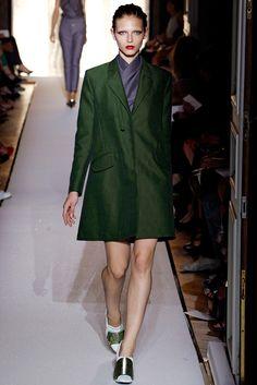Saint Laurent Spring 2012 Ready-to-Wear Fashion Show - Karlina Caune (VIVA)