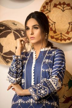 Sapphire NAQSH DAR LAWN VOL-V EDGY FIT A with model Mehrunisa Neck Designs For Suits, Sleeves Designs For Dresses, Neckline Designs, Dress Neck Designs, Sleeve Designs, Simple Pakistani Dresses, Pakistani Fashion Casual, Pakistani Dress Design, Kurti Sleeves Design