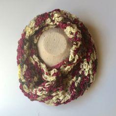 cuello bufanda de lana a crochet para chica. multicolor. hecho a mano. de myladiescrochet en Etsy