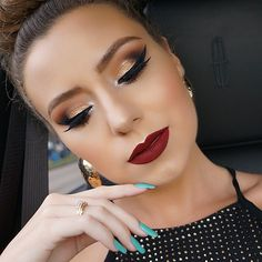 """This ❤️ @colourpopcosmetics #liquidlipstick in """"avenue""""  I'm loving the formula!! Super long wearing and it doesn't feel too drying  definitely go get a few!! All @buxomcosmetics shadows on my peepers ❤️ I'll post all the details later"""