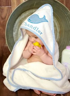 Baby Shower Gift - Personalized Hooded Towel - Monogrammed Hooded Baby Towel - Baby Boy Gift - New Baby Gift - Whale Baby Beach Towel Unique Baby Gifts, Personalized Baby Gifts, Baby Boy Gifts, Baby Boys, Toddler Boys, Baby Shower Gifts To Make, Baby Boy Monogram, Baby Whale, Baby Towel