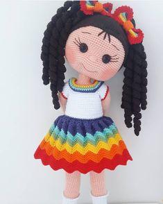 Pin em Dolls and clothes crochet Crochet Doll Pattern, Crochet Patterns Amigurumi, Baby Knitting Patterns, Amigurumi Doll, Crochet Dolls, Doll Patterns, Crochet Stitches, Kawaii Crochet, Crochet Baby