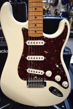 Fender Roadhouse Stratocaster