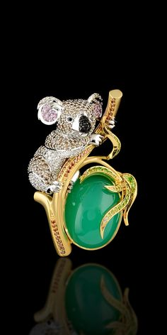 Pendant 8480 Collection: Animal world  18K yellow and white gold, chrysoprase 20,73 ct, diamonds, cognac diamonds, champagne diamonds, black diamonds, pink sapphires, demantoid.