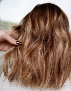Copper, golden, honey blonde balayage hair color – caramel blonde hair color ideas – Hair Color Id You are in the right place about christmas … Ombre Hair Color, Blonde Color, Cool Hair Color, Golden Hair Color, Trendy Hair Colors, Warm Hair Colors, Copper Hair Colors, Hair Colour Ideas, Copper Color