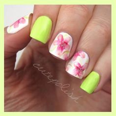 Watercolor Hibiscus flower nail design, awesome!