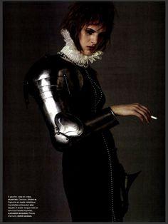 "nice Numéro Magazine #146 Setembro 2013 | Ashleigh Good em \""La Pucelle\"" por Jean Baptiste Mondino"