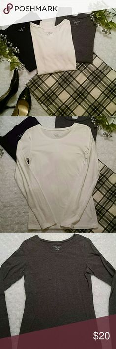 PRICE DROP !!! Limited petfect tees (bundle of 3) Black, grey, and white long sleeved perfect tees. Great for layering. Excellent condition. Cotton/spandex. Sz  small The Limited Tops Tees - Long Sleeve