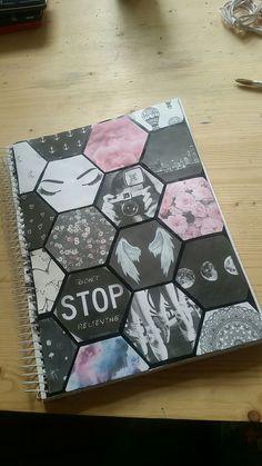 56 Ideas for diy cuadernos universitarios Diy Notebook Cover, Notebook Collage, Diy Tumblr, School Notebooks, Cute Notebooks, Decoration Tumblr, Food Decoration, Agenda Photo, School Book Covers