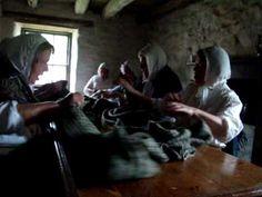 Haighidh o.A great waulking song by Sgioba Luaidh Inbhirchluaidh at Auchindrain Township in Argyll.