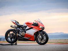 MILAN SHOW: Ducati 1299 Superleggera – excess all areas