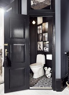 Can I have EVERYTHING about this bathroom?! OMG