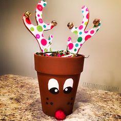 Terra Cotta Pot Reindeer Gift Idea - Crafty Morning