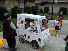 Ice Cream Man - Halloween Costume Contest via Wagon Halloween Costumes, Halloween Costume Contest, Cute Halloween, Wagon Costume, Kid Costumes, Group Halloween, Halloween 2020, Ice Cream Costume, Paper Hats