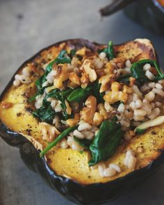 Roasted Acorn Squash Bowls With Barley Spinach Salad - Free People Blog