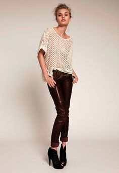 LE FASHION BLOG MODEL CRUSH BROOKE PERRY BELLAZON SHOOT PHOTOS BY ANTHONY ARQUIER NATURAL BEAUTY CUTOUT LACE WHITE TOP BURGUNDY SKINNY LEATH...