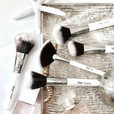 If you like our on-the-go gorgeous brush essentials you will love the newest collection. Stay tuned!   #Nanshy #nanshybrushes
