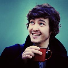 Alexander Vlahos aka Mordred from Merlin :) I was so sad he had to turn evil. The hot ones are always evil. .