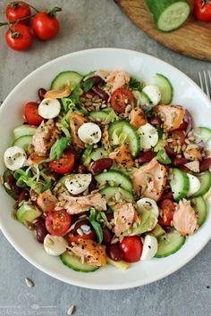 Caprese Salad, Pasta Salad, Cobb Salad, Polish Recipes, Slow Food, Foods To Eat, Mozzarella, Food And Drink, Healthy Eating