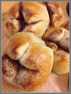 Bread Rolls, Sweet Bread, Pretzel Bites, Nom Nom, Sweet Tooth, Food And Drink, Sweets, Snacks, Baking