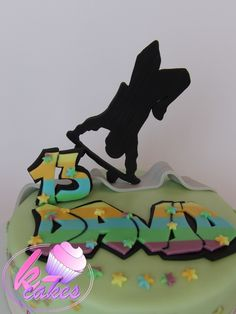 Children Cake, Cupcake Cakes, Cupcakes, Dinner Party Menu, Funny Cake, Disney Cakes, Cakes For Boys, Twin Babies, Candy Buffet