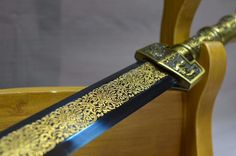 """Item Specification:Material:High manganese steel,eight surface,Surface etched pattern;weight:2KG; Sword Type:Hand Made Sword; Overall Length:40""""/103CM;Blade Len"""