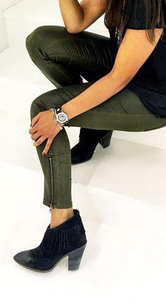 TOV Essentials Uhren passen zu jedem Outfit und sind mehr als eine Uhr: Sie sind ein echtes Trend-Schmuckstück.