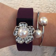 Fitbit Charge or Charge HR charm - Fitbit Silver and Pearl Bracelet - Dress up your Fitbit!