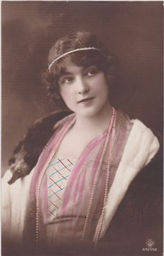 "early 1900s..Beautiful Edwardian Lady ""Flapper Era"" with Pearls.original tinted vintage french postcard..paper ephemera..real photo"