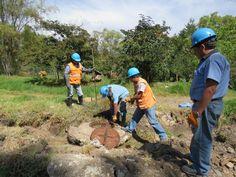 Trabajo de campo del personal de la EPS SEDACAJ S.A.