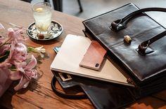 Maxwell Scott Bags Tasche / Smartphone Case >> http://www.glasschuh.com/2016/03/tasche-fuer-die-uni/ #student #bag #blogger #sony #coffee