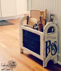 Trendy Vintage Kitchen Storage Ideas Utensil Holder - My Home Decor New Kitchen, Vintage Kitchen, Kitchen Decor, Kitchen Ideas, Rustic Kitchen, Kitchen Utensil Storage, Kitchen Utensils, Utensil Organizer, Diy Magazine Holder