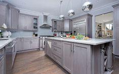 Fabuwood Allure Galaxy Horizon 10 x 10 Kitchen Kitchen Cabinets Nyc, Kitchen Cabinets Reviews, Kitchen Prices, Kitchen Cabinet Styles, Unique House Design, Unique Home Decor, Elegant Homes, Home Decor Bedroom, Kitchen Design
