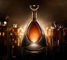 I chose this packaging because it represents perfectly the finest alcohol we are sold by Martell. This packaging is a display of how the Cognac inside is rich of flavors and noble. Within 250 years of existence Martell made of its cognac a product that is at the same time a unique experience of taste and refinement. This bottle follows the same path. Designed according to the golden section (the perfect proportions) and cut in crystal, the packaging is as precious as the drink it contains.