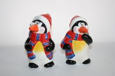 Penguin Salt and Pepper shakers Holiday Christmas With scarfs