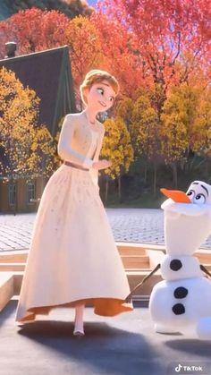Disney princesses and Olaf'☃️