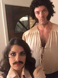 The Princess Bride couple cosplay - Fezzik and Inigo Montoya This is amazing! Best couple costume yet! Movie Couples Costumes, Halloween Bride Costumes, Funny Couple Costumes, Creepy Costumes, Couples Cosplay, Halloween Kostüm, Couple Halloween, Halloween Outfits, Costumes Kids