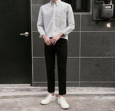 Embedded image fashion fashion, korean fashion men и ulzzang Korean Fashion Men, Ulzzang Fashion, Korea Fashion, Boy Fashion, Trendy Fashion, Mens Fashion, Fashion Outfits, Korean Men Style, Trendy Style
