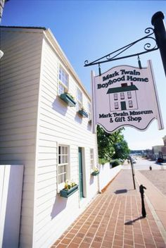 Hannibal Trip Guide | Midwest Living Hannibal Trip Guide Mark Twain's stories of Tom Sawyer and Huckleberry Finn began in this Mississippi River town (population: 17,500). The National Tom Sawyer Days festival takes place July 3–7 in 2013.