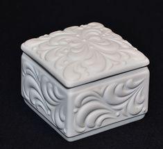 Deckeldose Bisquitporzellan Bisquit Porzellan Tirschenreuth  passend zu Vase  | eBay