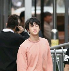 jin always looks so good in pink im in love😍😍 Seokjin, Hoseok, Namjoon, Taehyung, Kdrama, Jin Kim, Worldwide Handsome, Bts Photo, Boyfriend Material