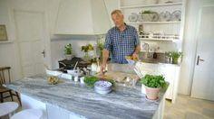Ernst bjuder på friterad fisk med tomatsalsa