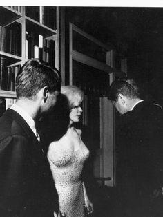 Marilyn Monroe and JFK | Robert Kennedy, left, and Marilyn Monroe talk with President Kennedy ...