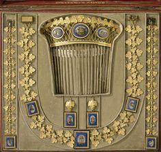 gold and micro-mosaic.  splendid.