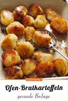 Bratkartoffeln aus dem Ofen Roasted potatoes from the oven – smarter – calories: 333 kcal – time: 10 min. Baked Potato Oven, Oven Roasted Potatoes, Fried Potatoes, Oven Baked, Potato Rice, Oven Vegetables, Potato Dinner, Potato Side Dishes, How To Cook Fish