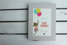 Genauso wie die Kleinen wachsen, füllt sich das Buch mit Erinnerungen und Bildern.