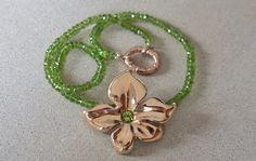 Tiarè bronze   Chocker with bronze pendant and peridot. Made by hand  http://www.mimietoile.it/en/shop/tiare-bronze/