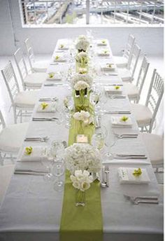 runner, low florals, simple design...