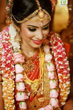 South Indian Weddings Bride Portrait Wedding Albums Globe Photos Jewellery Jewelry Bridal Costume