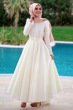 Minel Aşk Ekru Beste Elbise Online Satış, Indien Satın Al, Hochzeitskleider anziehen, Hijab Evening Dress, Hijab Dress Party, Hijab Style Dress, Muslimah Wedding Dress, Hijab Wedding Dresses, Dress Muslimah, Hijab Fashion, Fashion Dresses, Modele Hijab